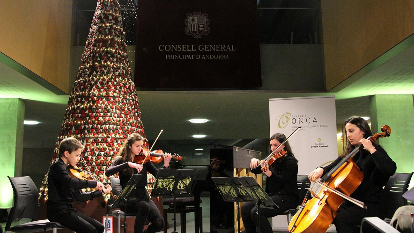 Un moment del concert de la Jonca. / M. M. (ANA)
