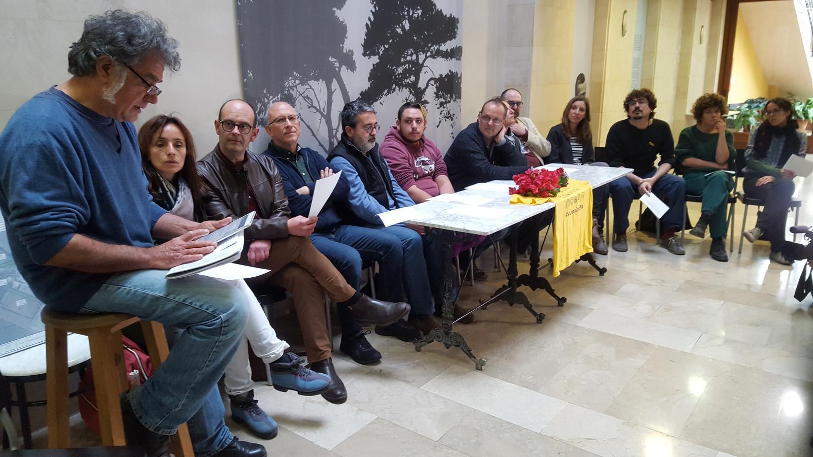 4.225 persones han firmat el manifest que rebutja construir més autopistes a Mallorca