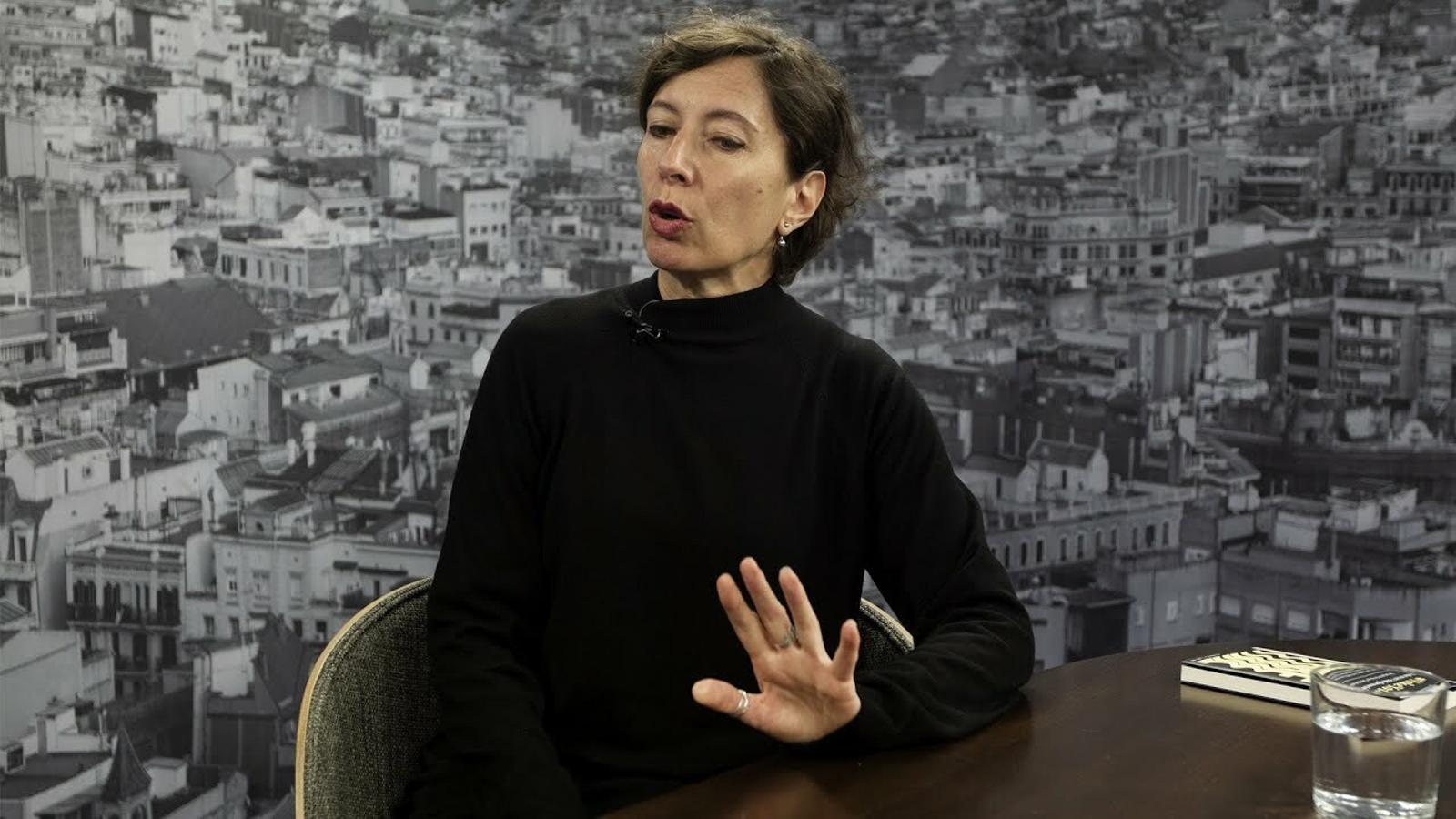 """Simona Levi: """"La culpa que hi hagi fake news no és només d'internet i de la gent"""""""