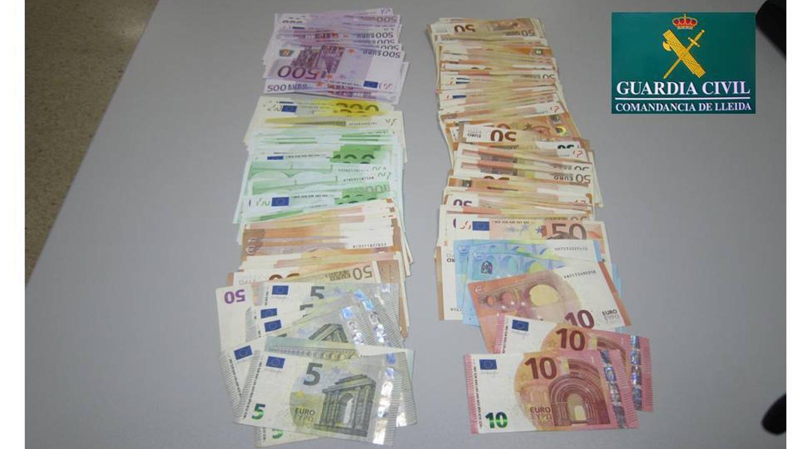 Els diners interceptats. / Guàrdia Civil