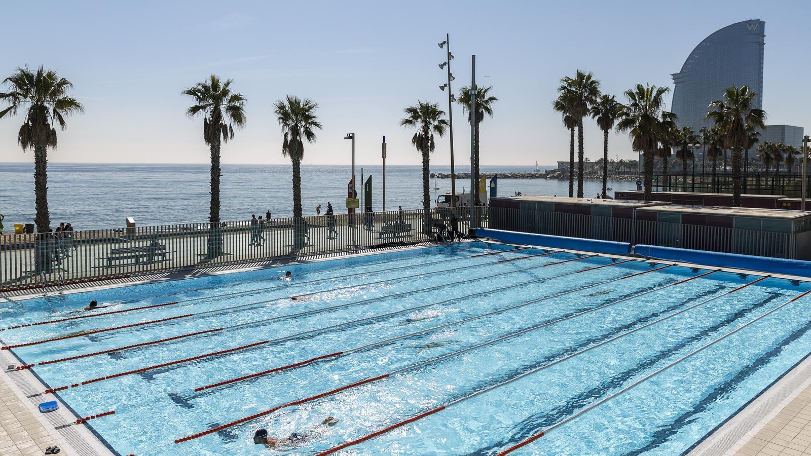Una de les piscines exteriors del CN Atlètic Barceloneta