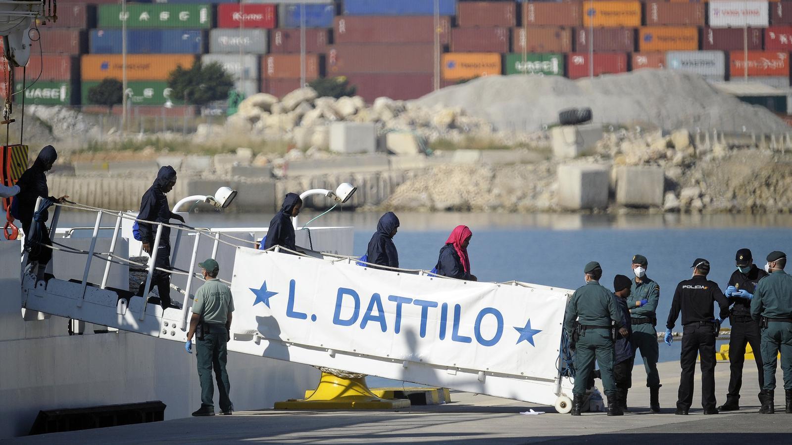 Acaba l'odissea de l''Aquarius' amb la incògnita del futur dels migrants, i quatre notícies més del dia