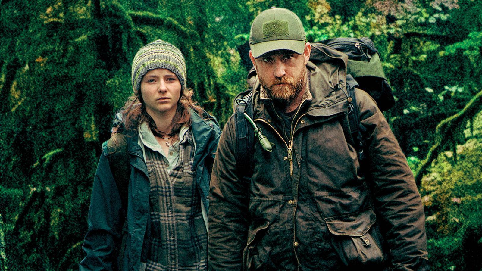 Thomasin McKenzie i Ben Foster a 'No dejes rastro (Leave no trace)'