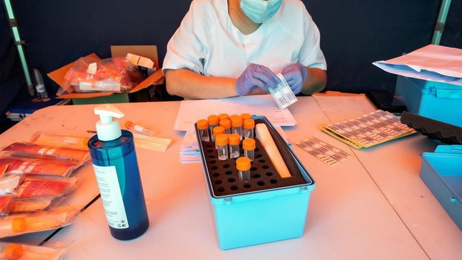 Rússia registra la primera vacuna contra el covid-19