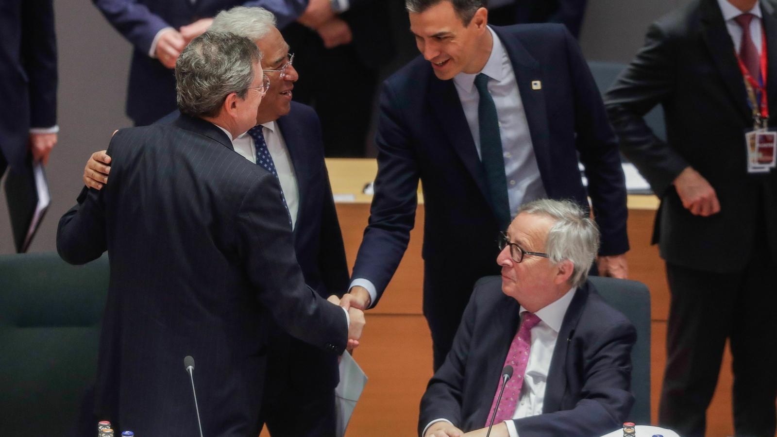 Els candidats oficials a liderar les institucions europees queden fora de la cursa
