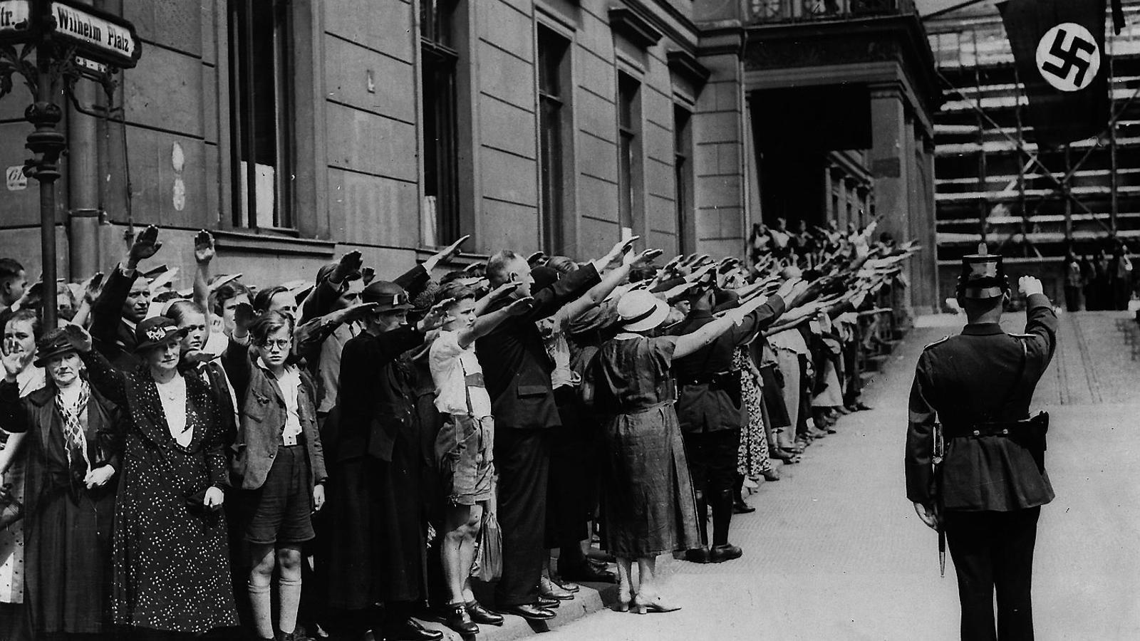 A les entranyes  de l'Alemanya nazi