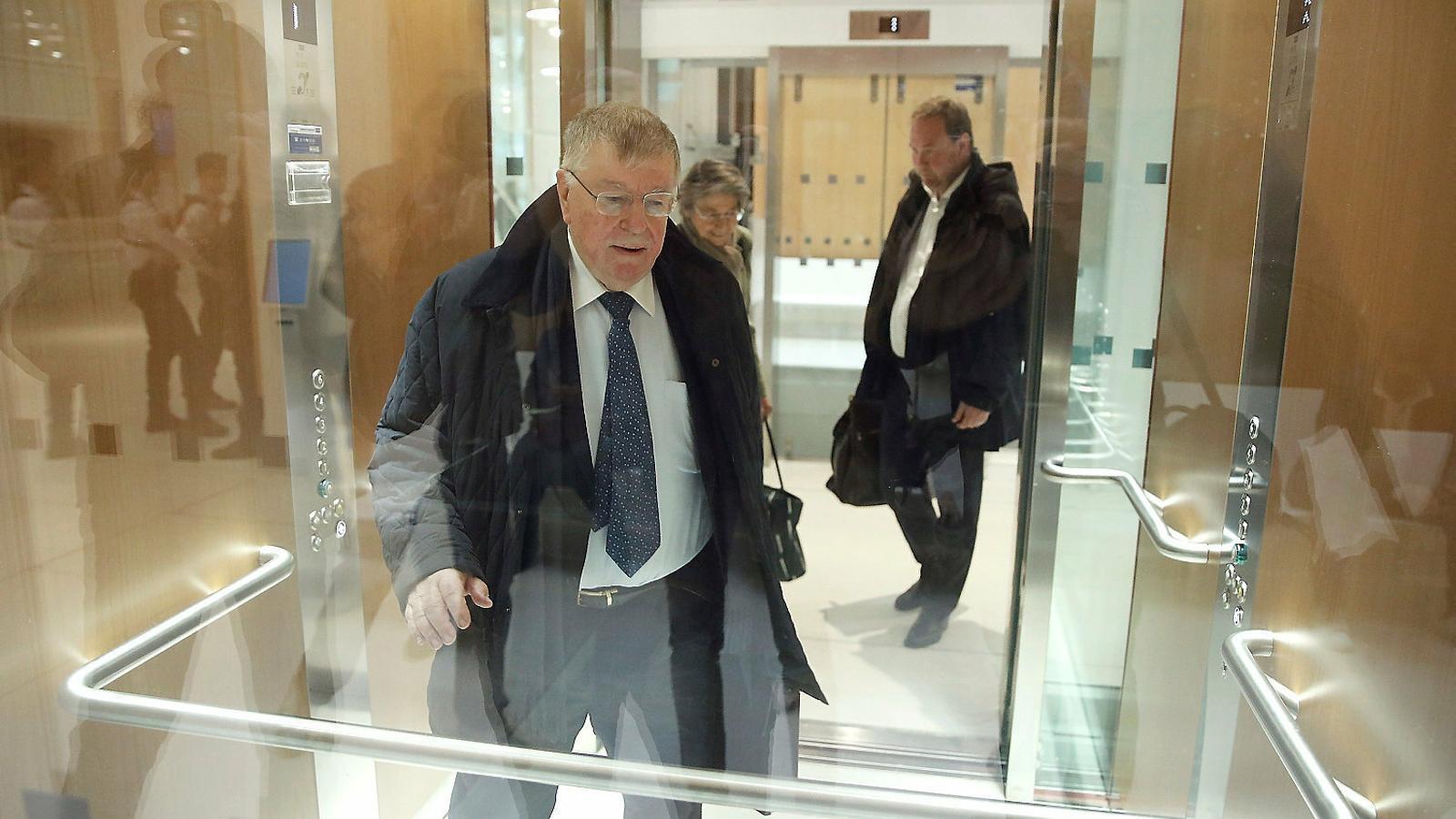 Didier Lombard, l'antic conseller delegat de France Télécom que va fer el pla d'assetjament als treballadors i que ara està sent jutjat.