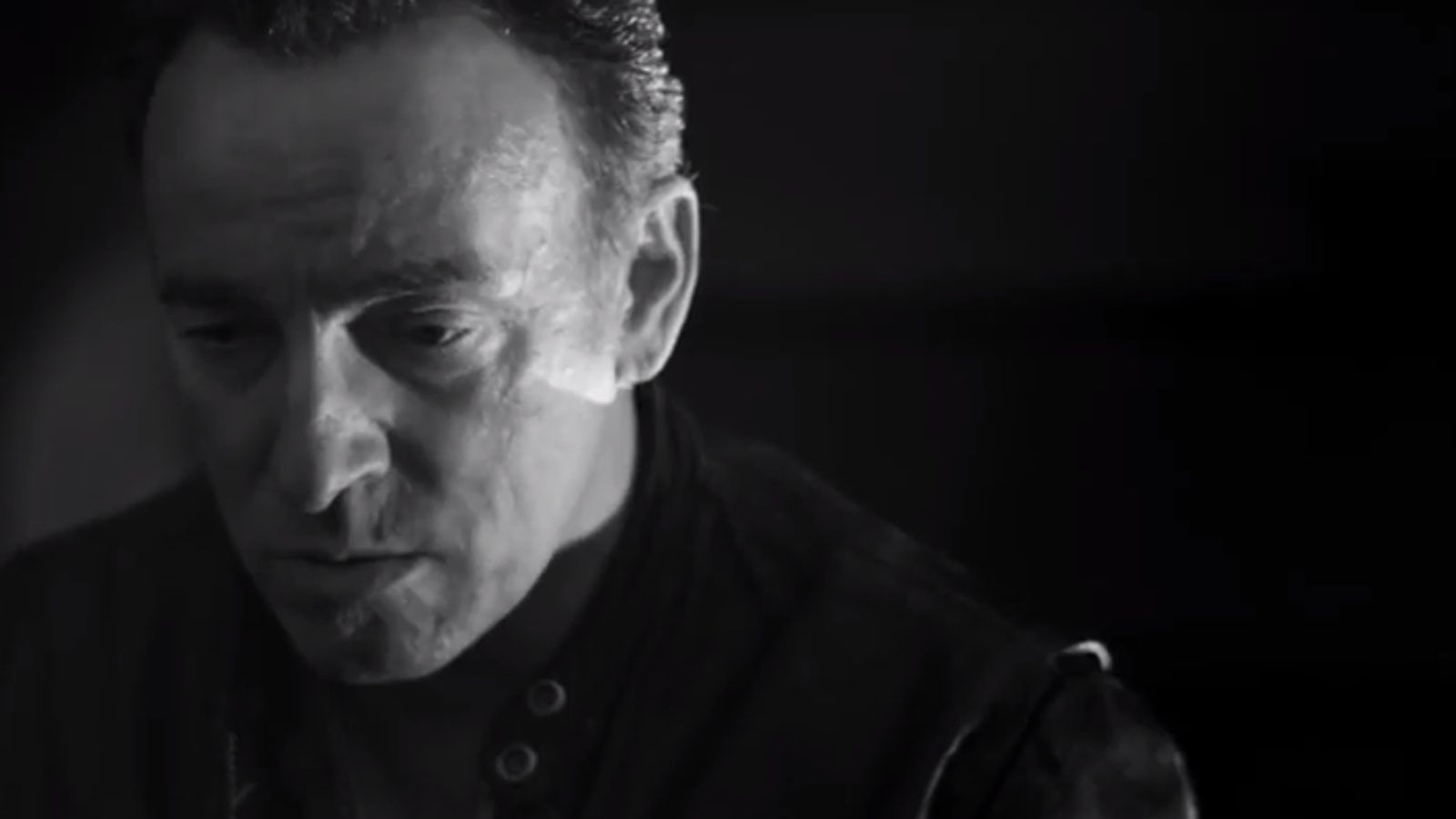 Bruce Springsteen estrena el videoclip 'We take care of our own'
