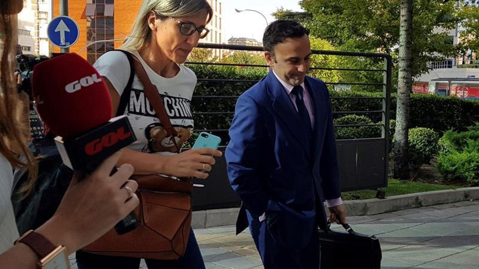 Margarita Garay i un advocat