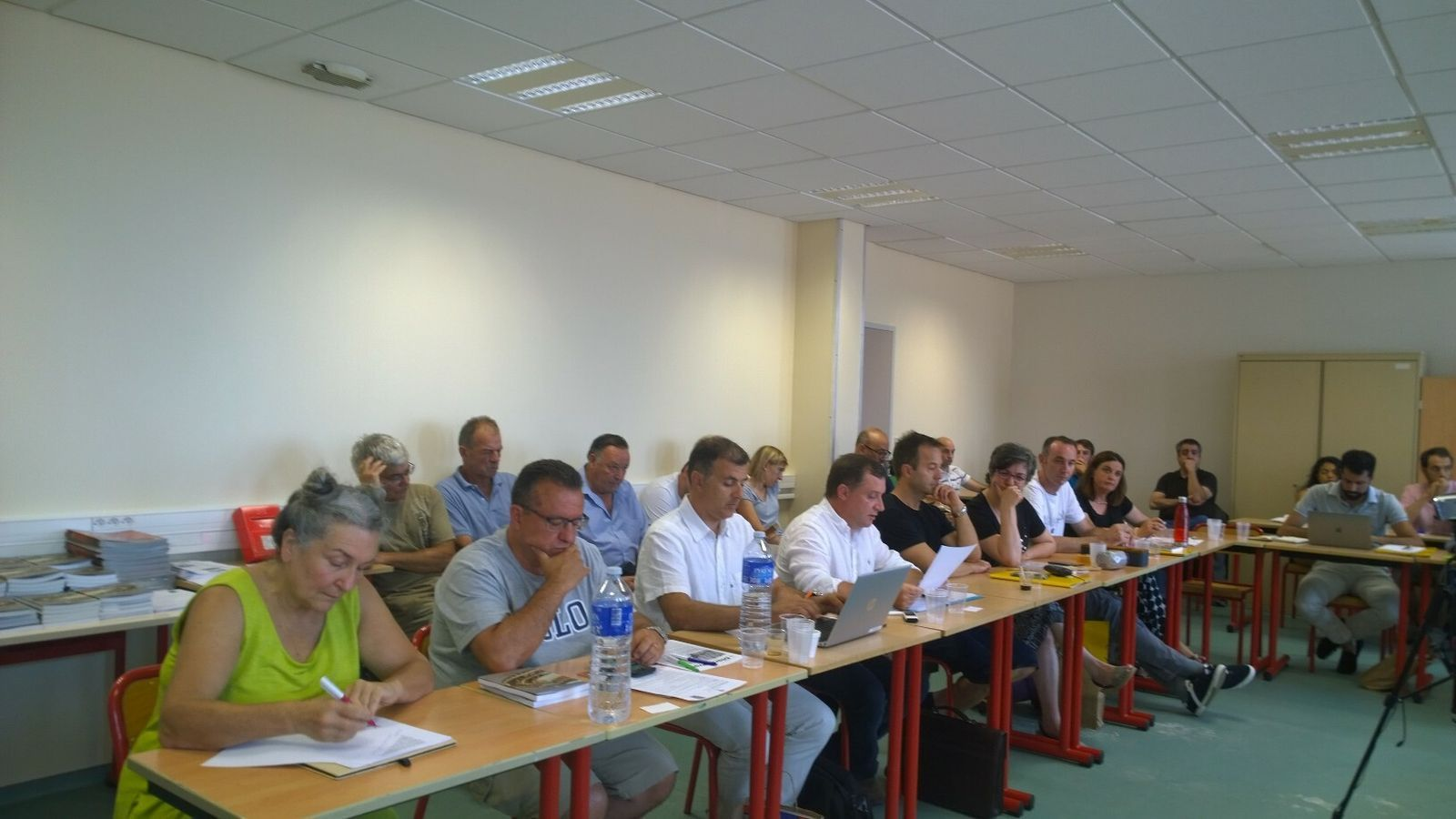 Participants a una de les ponències. / ANA.