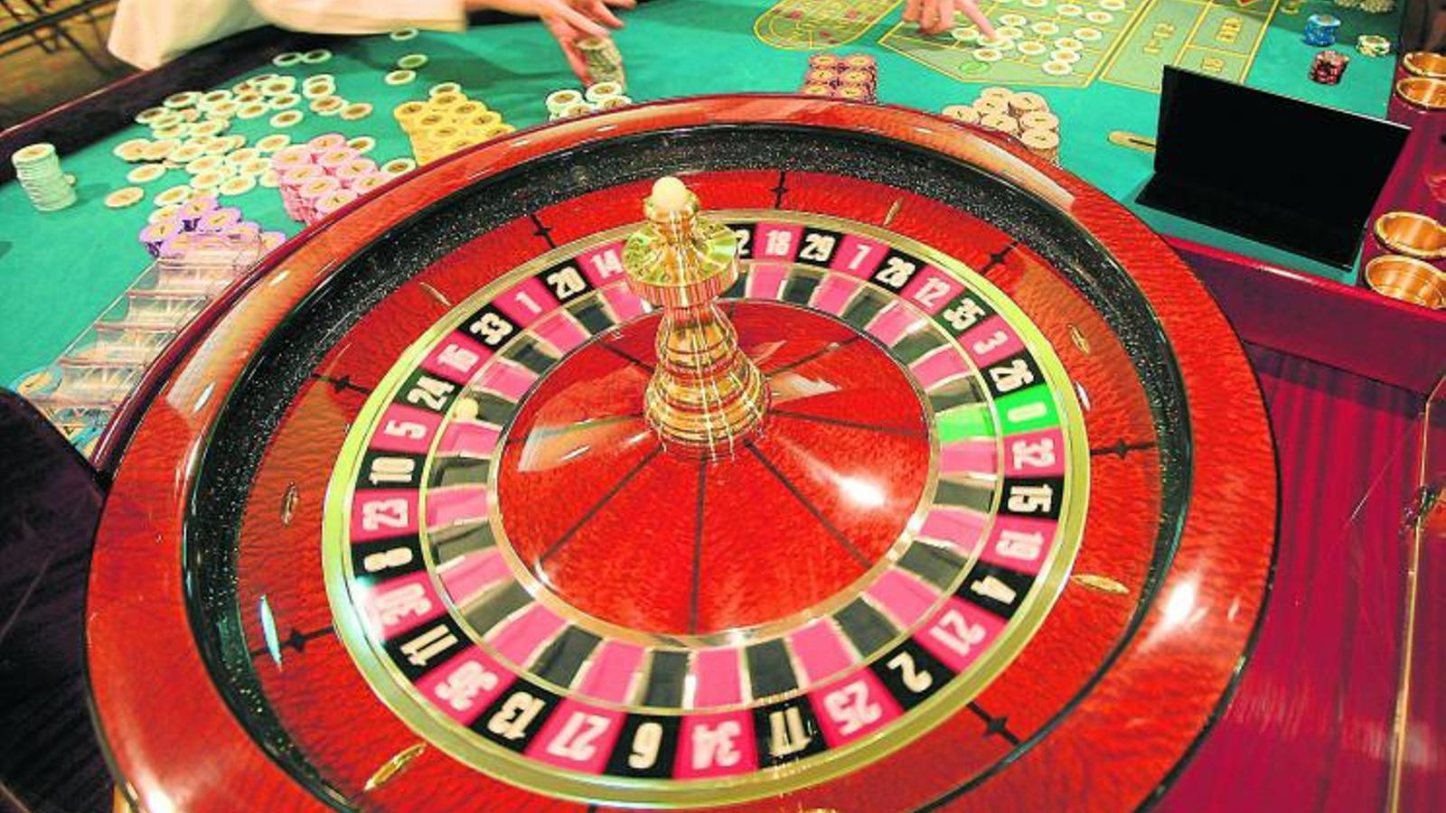 EL GOVERN TAMBÉ HI GUANYA   El casino de BCN World farà recaptar 19 milions més en impost als casinos.