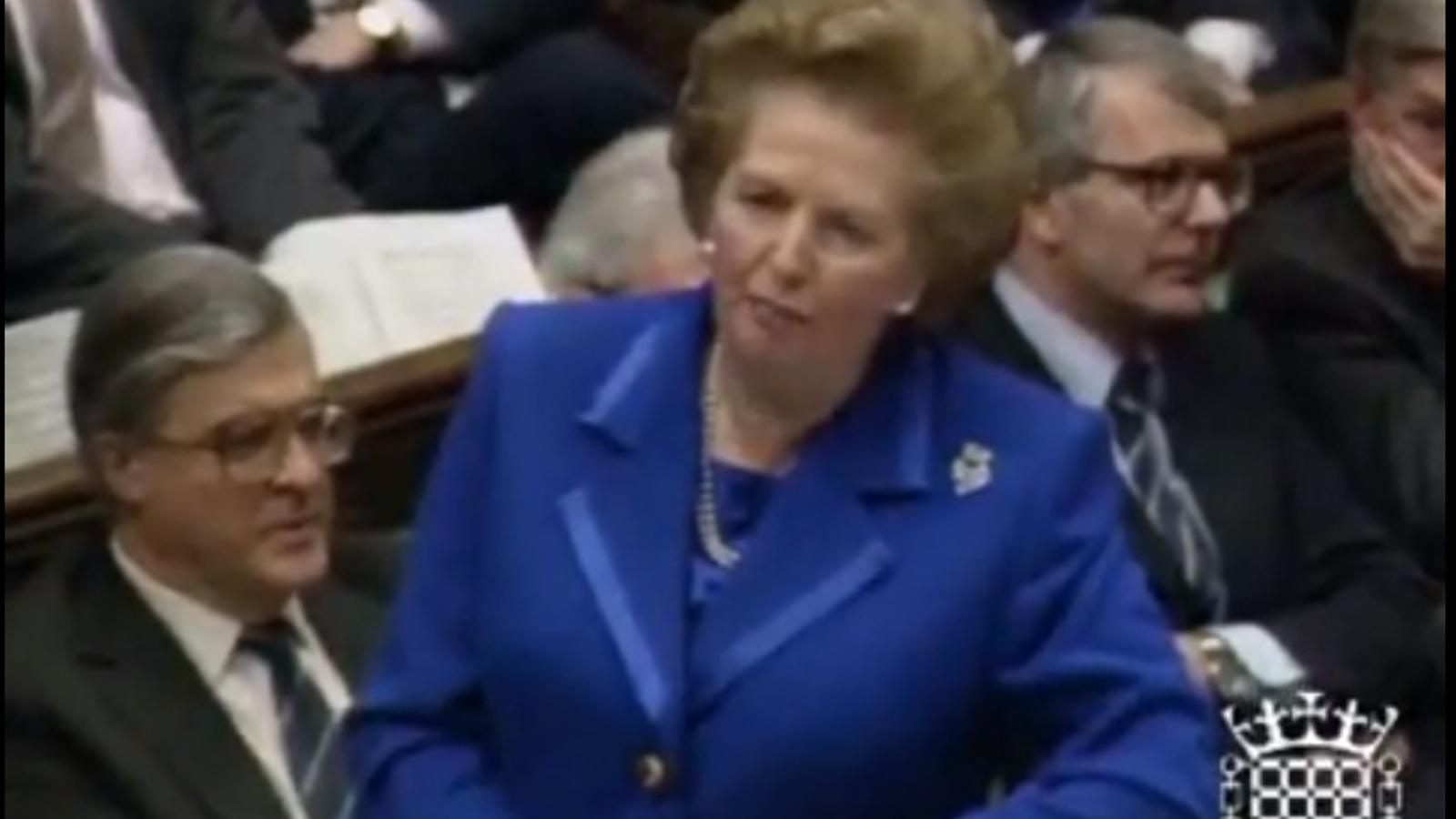 Margaret Thatcher als diputats laboristes: el socialisme genera pobresa