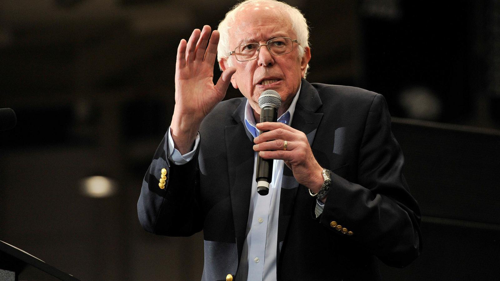Bernie Sanders, en un míting a Durham, Nou Hampshire
