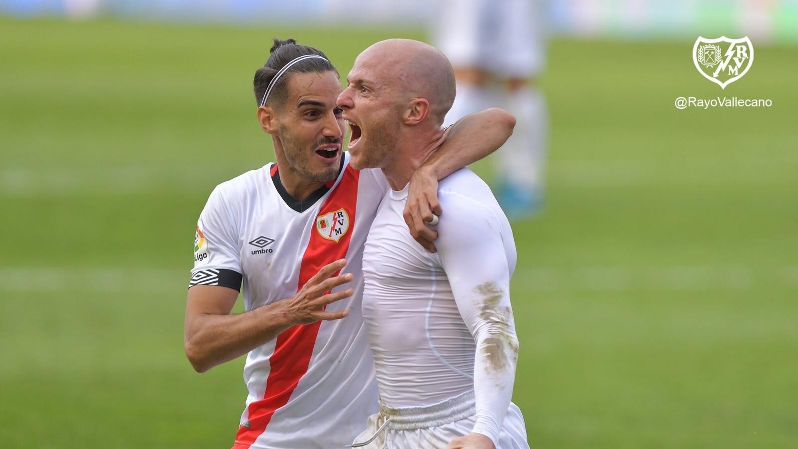 Isi s'ha convertit en el primer jugador en marcar un gol a l'Espanyol aquest curs a Segona
