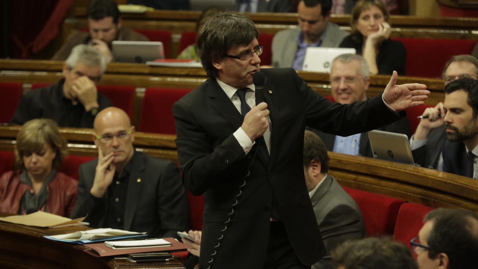 Parlament | Sessió de Control al Govern #1 - Página 2 President-Generalitat-Carles-Puigdemont-Parlament_1553854751_28240480_651x366