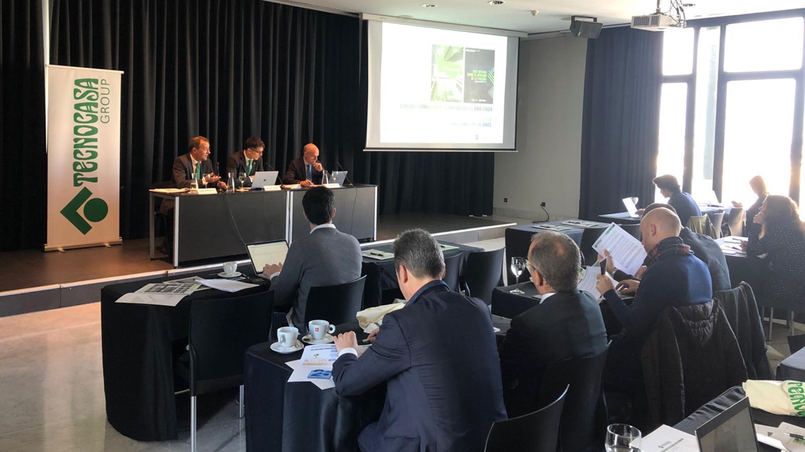 Imatge de la presentació de l'informe.