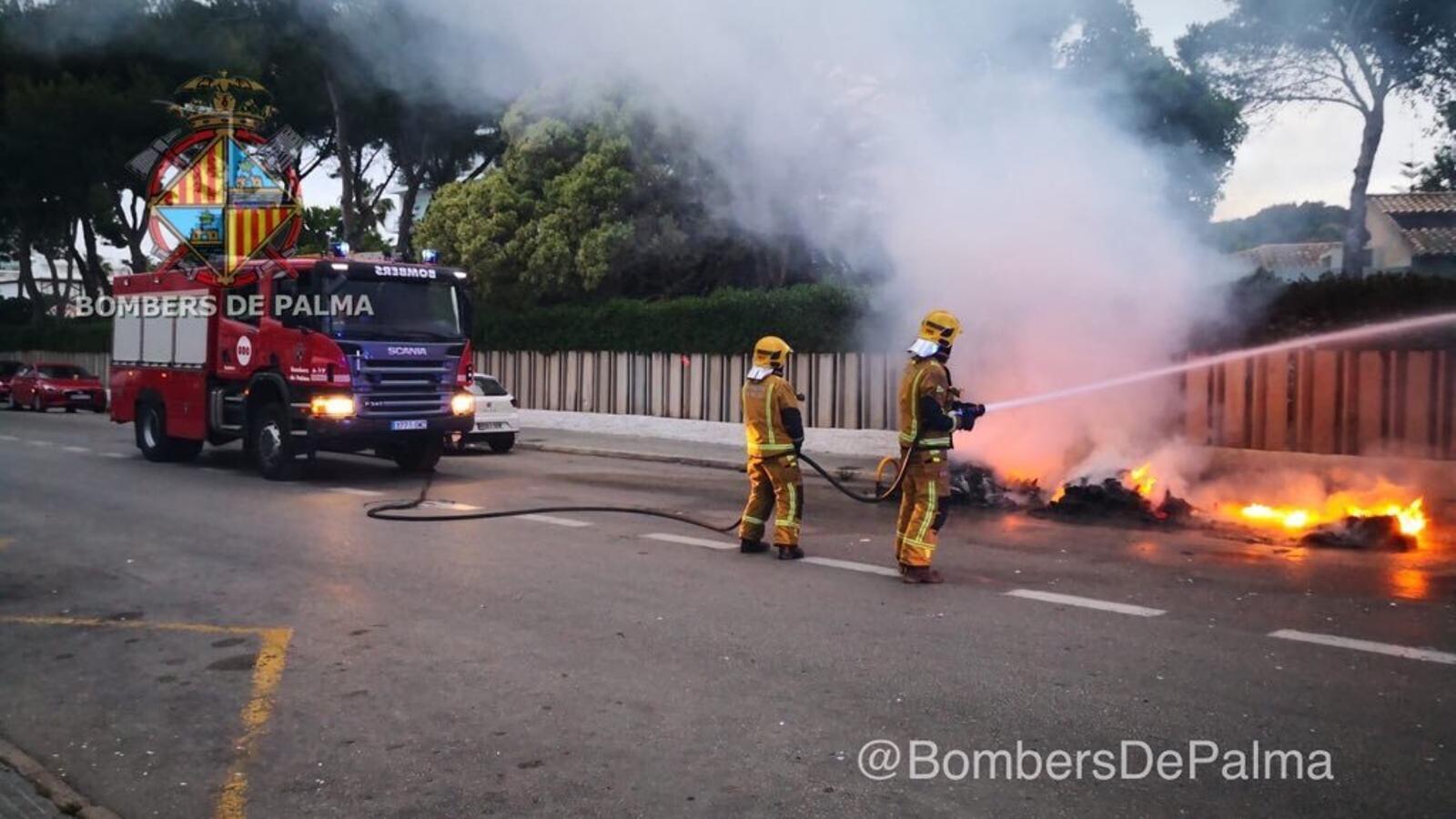 Continuen els incendis de contenidors i els danys ja sumen més de 250.000 euros