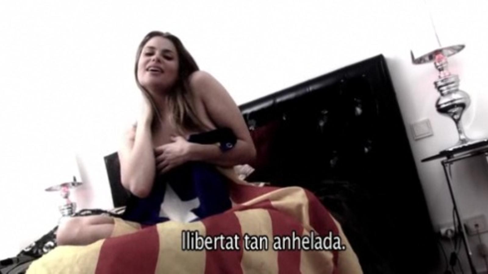 Maria Lapiedra canta per la independència