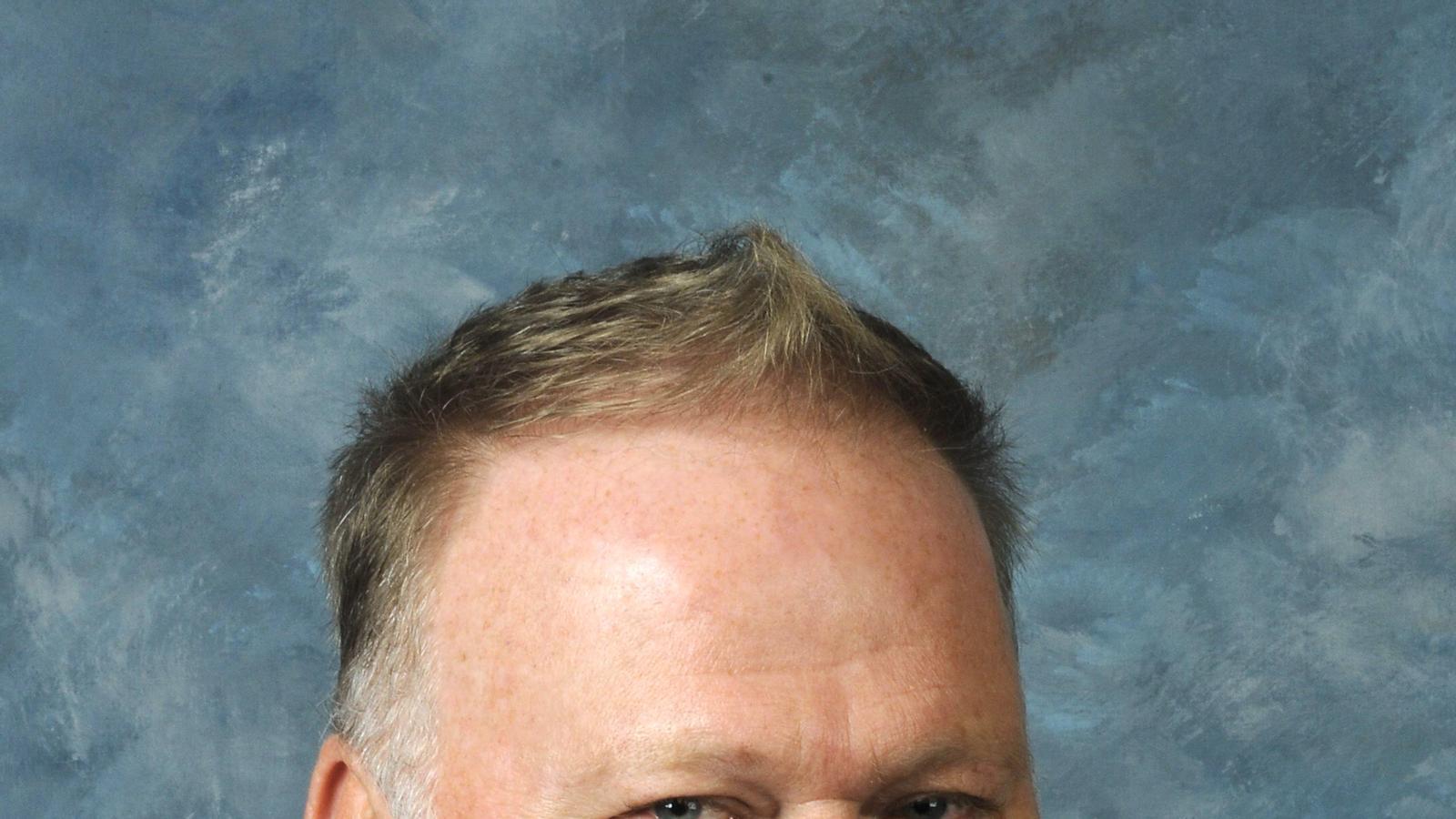 El republicà Dan Johnson tenia 57 anys i assegurava patir un trastorn d'estrès post-traumàtic a causa dels atemptats de l'11 de setembre del 2001