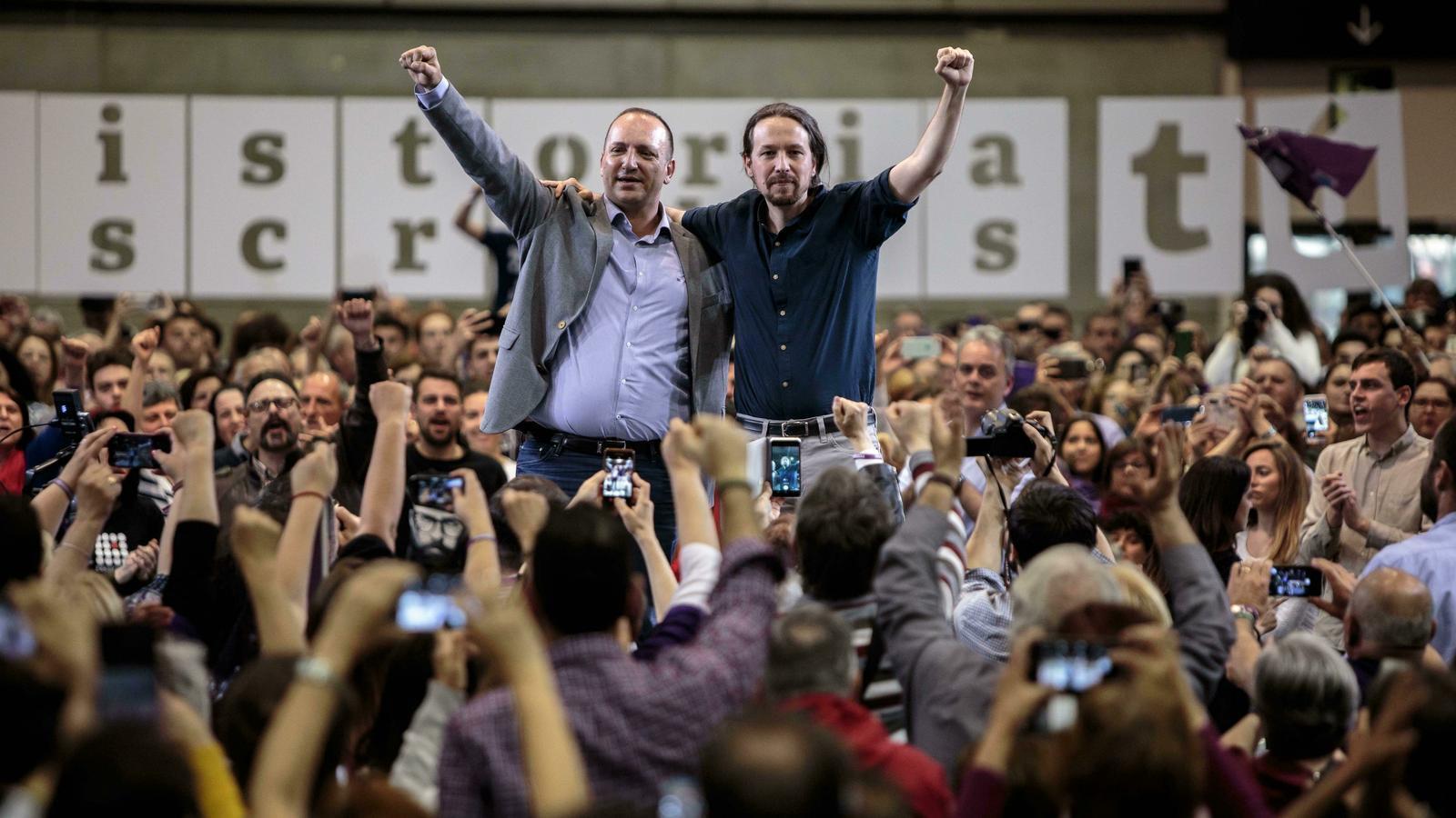 Pablo Iglesias i el candidat de Podem a la presidència de la Generalitat Valenciana, Rubén Martínez Dalmau, durant el míting valencià