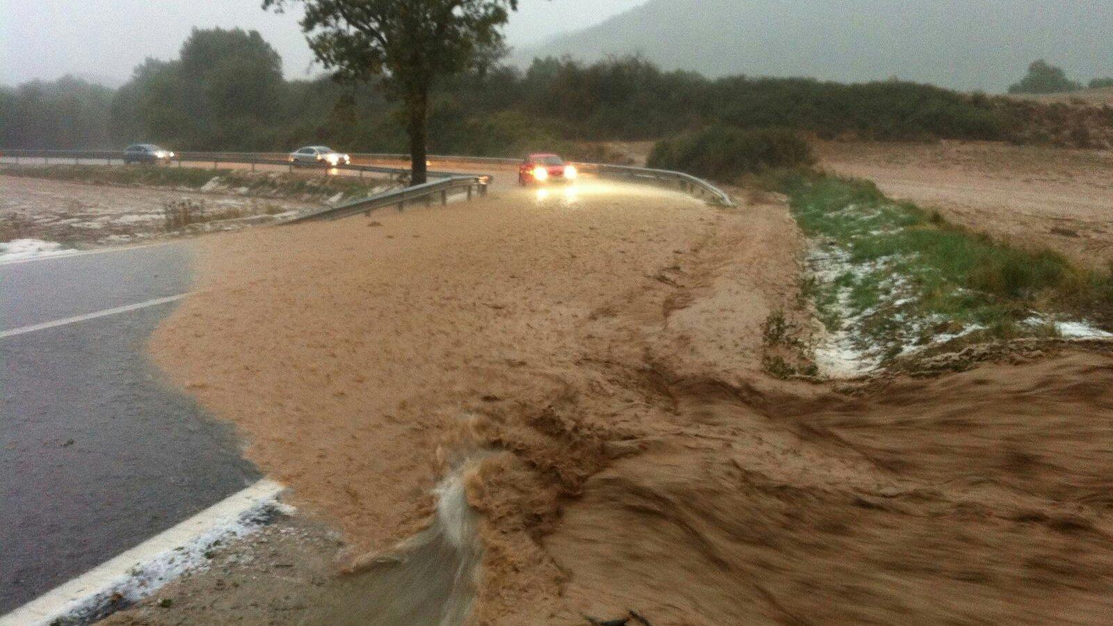Migdia, tarda i vespre de tempestes fortes a molts punts del país