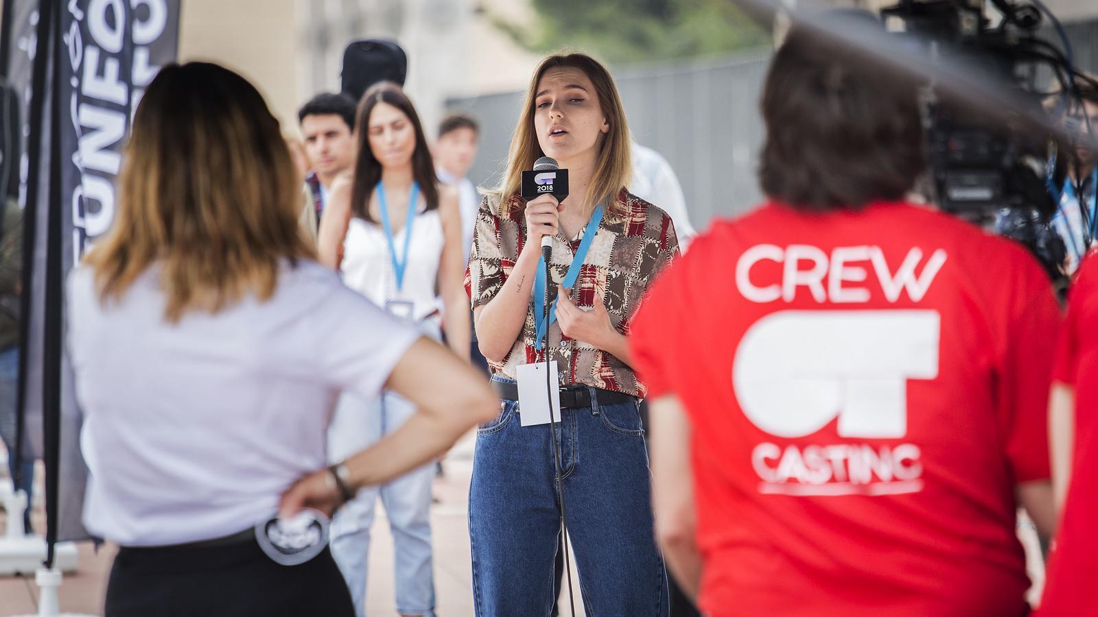 Vint segons per enamorar: es busquen 'triunfitos' a Barcelona