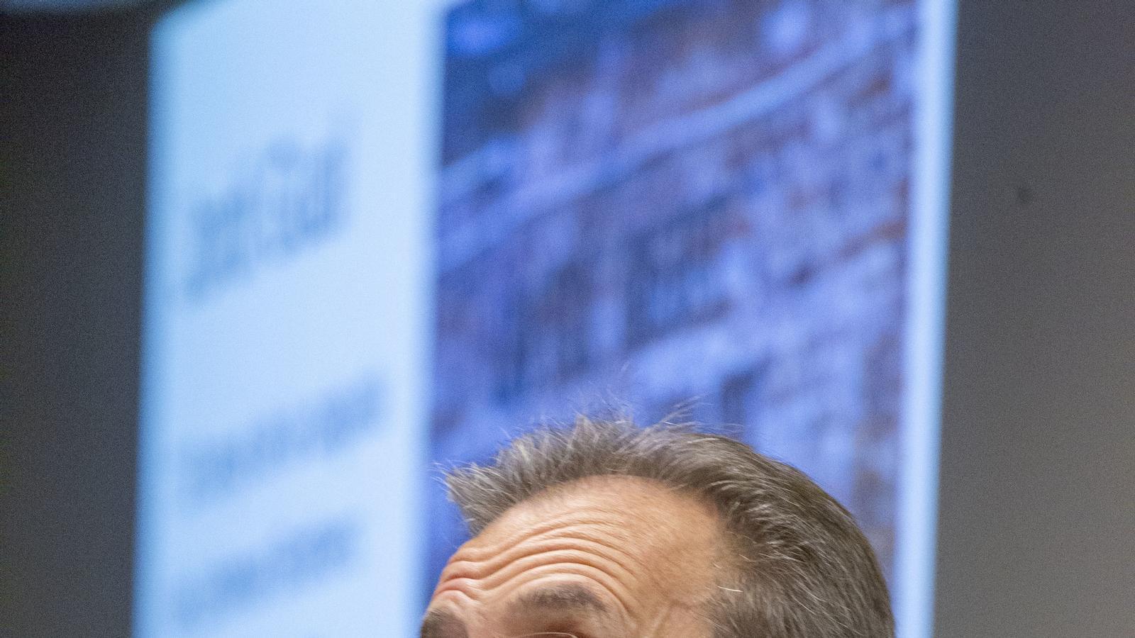 Gual (CaixaBank) demana coratge als bancs centrals per apujar els tipus