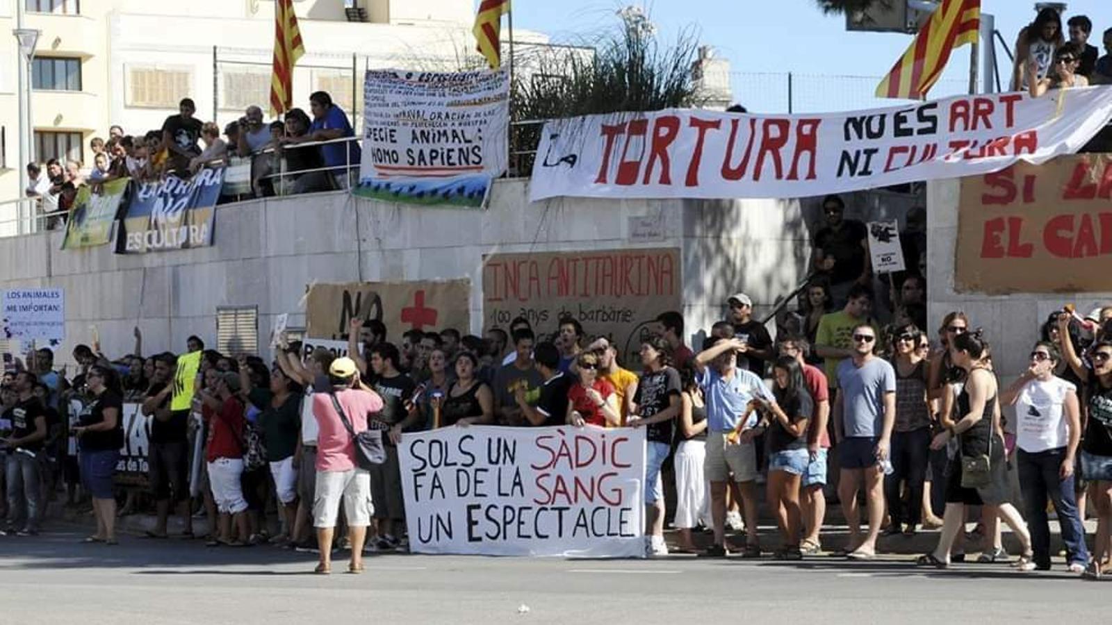 Imatge d'juna protesta antitaurina a Inca.