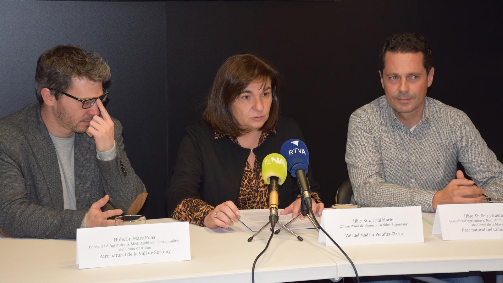 Moment de la presentació de la guia dels espais protegits d'Andorra. / C. A. (ANA)