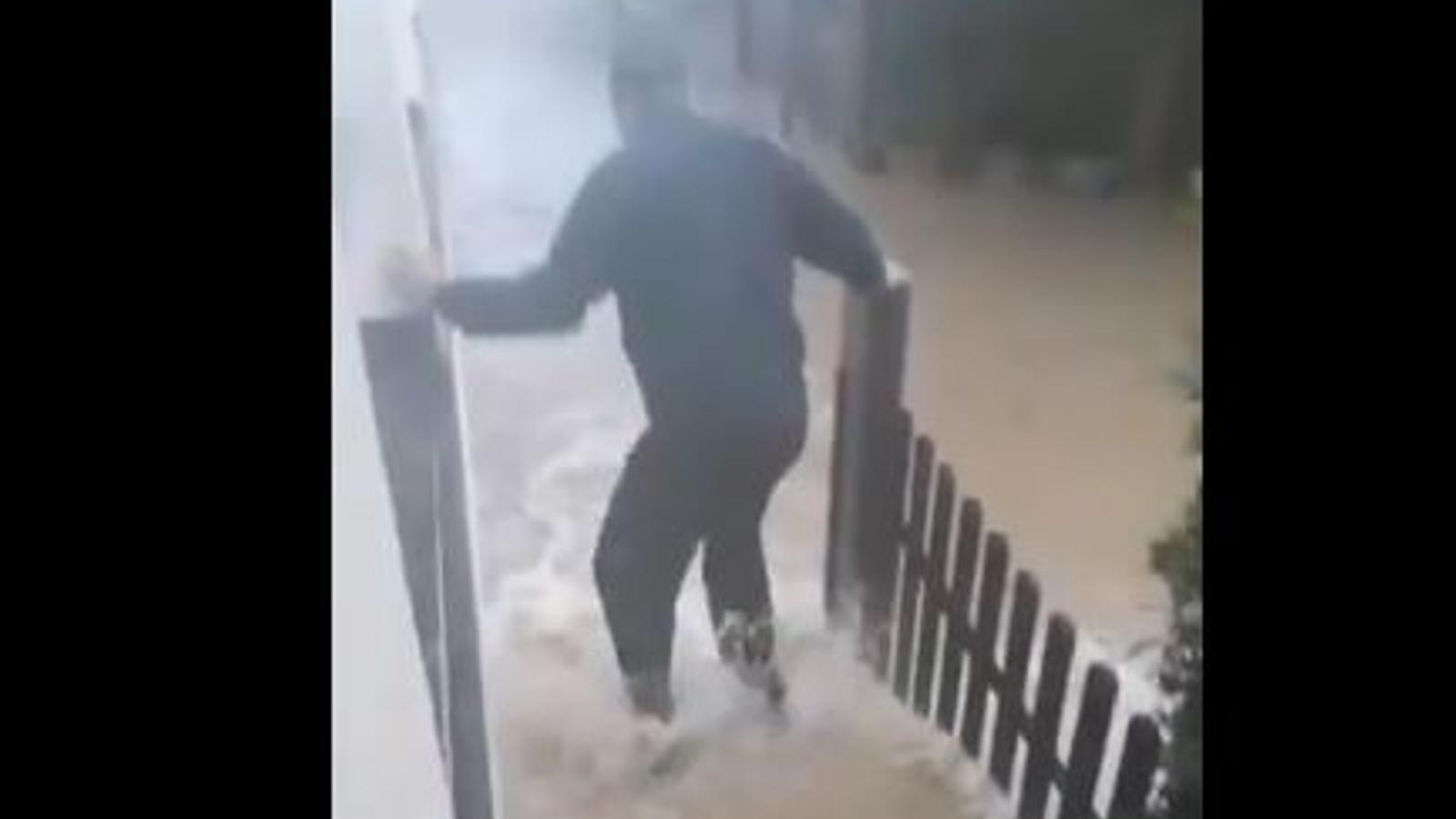 Inundacions a Capdepera, carreteres tallades i el desbordament d'un torrent, els efectes de la intensa pluja