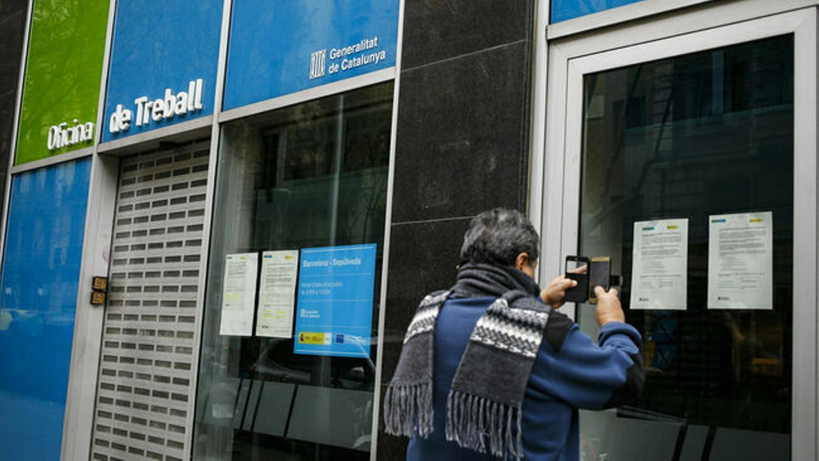 Els autònoms encara no poden demanar l'ajut de 2.000 euros a la Generalitat perquè no s'ha publicat al DOGC