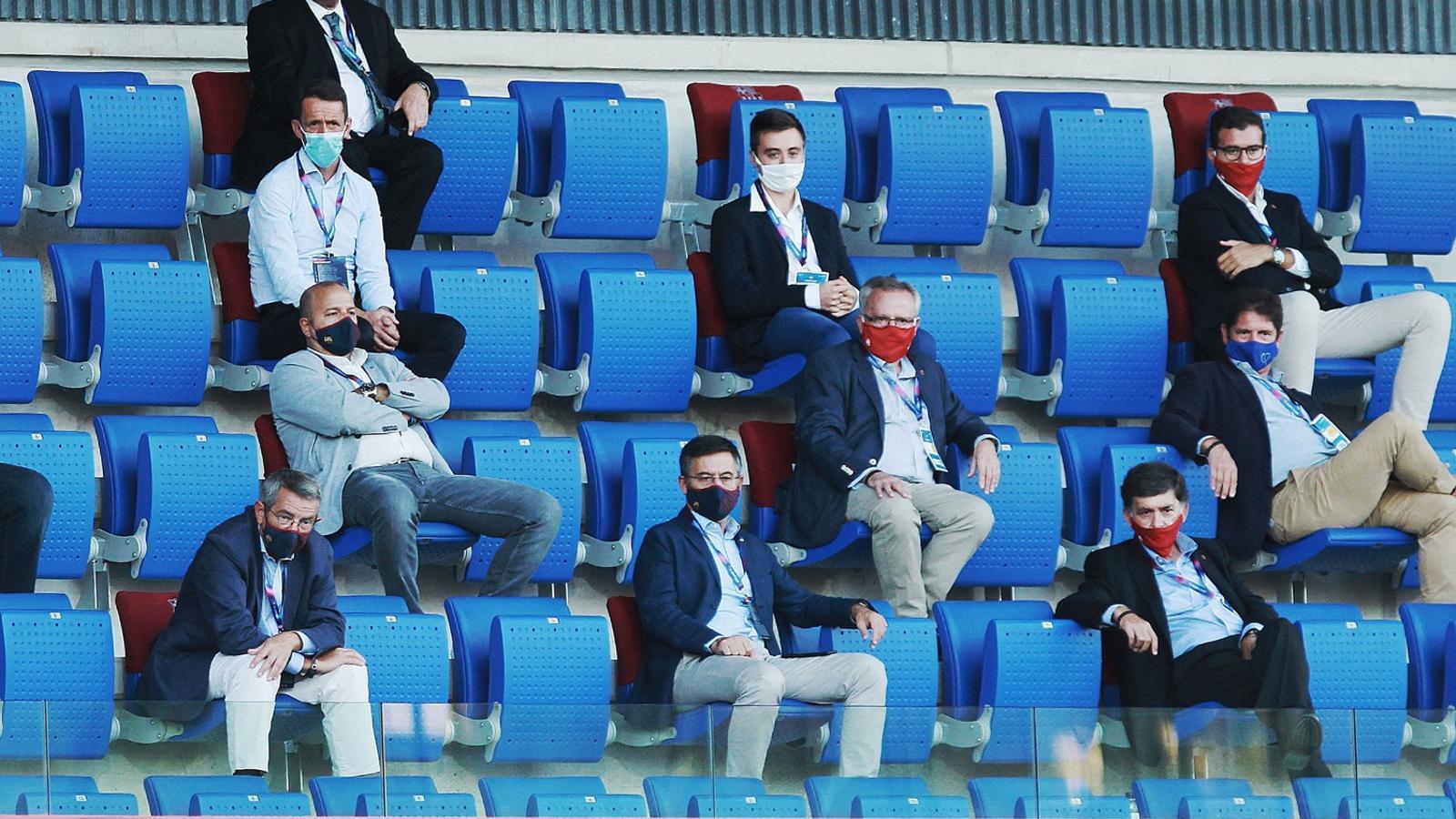 Als 13 directius del Barça