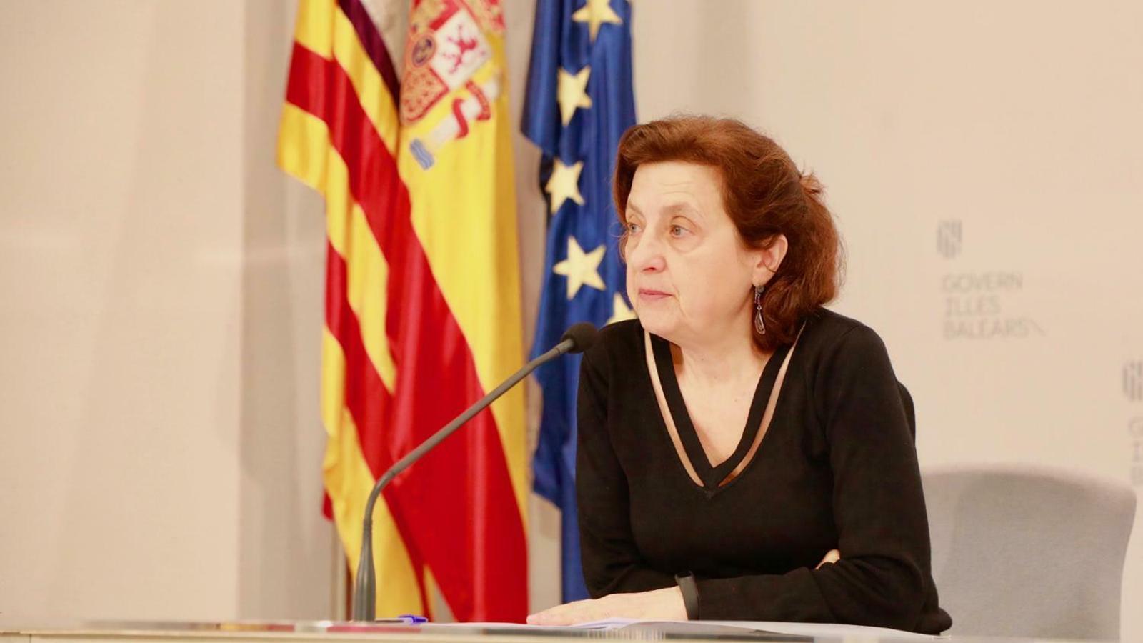 La consellera d'Afers Socials i Esports, Fina Santiago