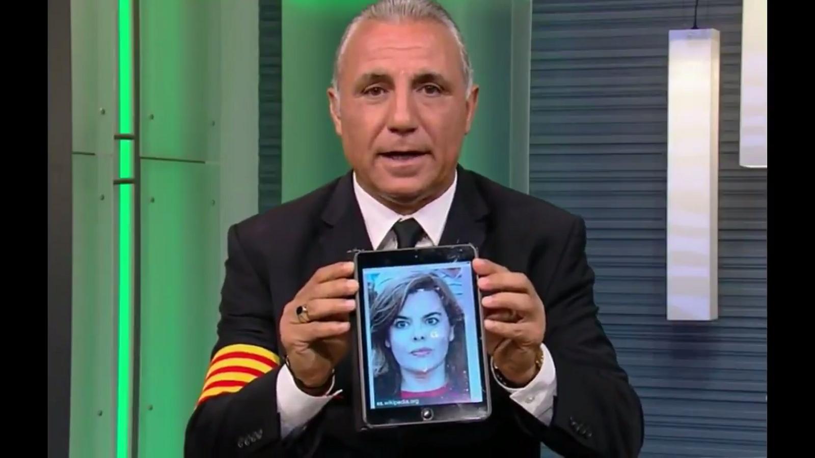 Hristo Stoitxcov parlant de l'1-O a la televisió mexicana Univision