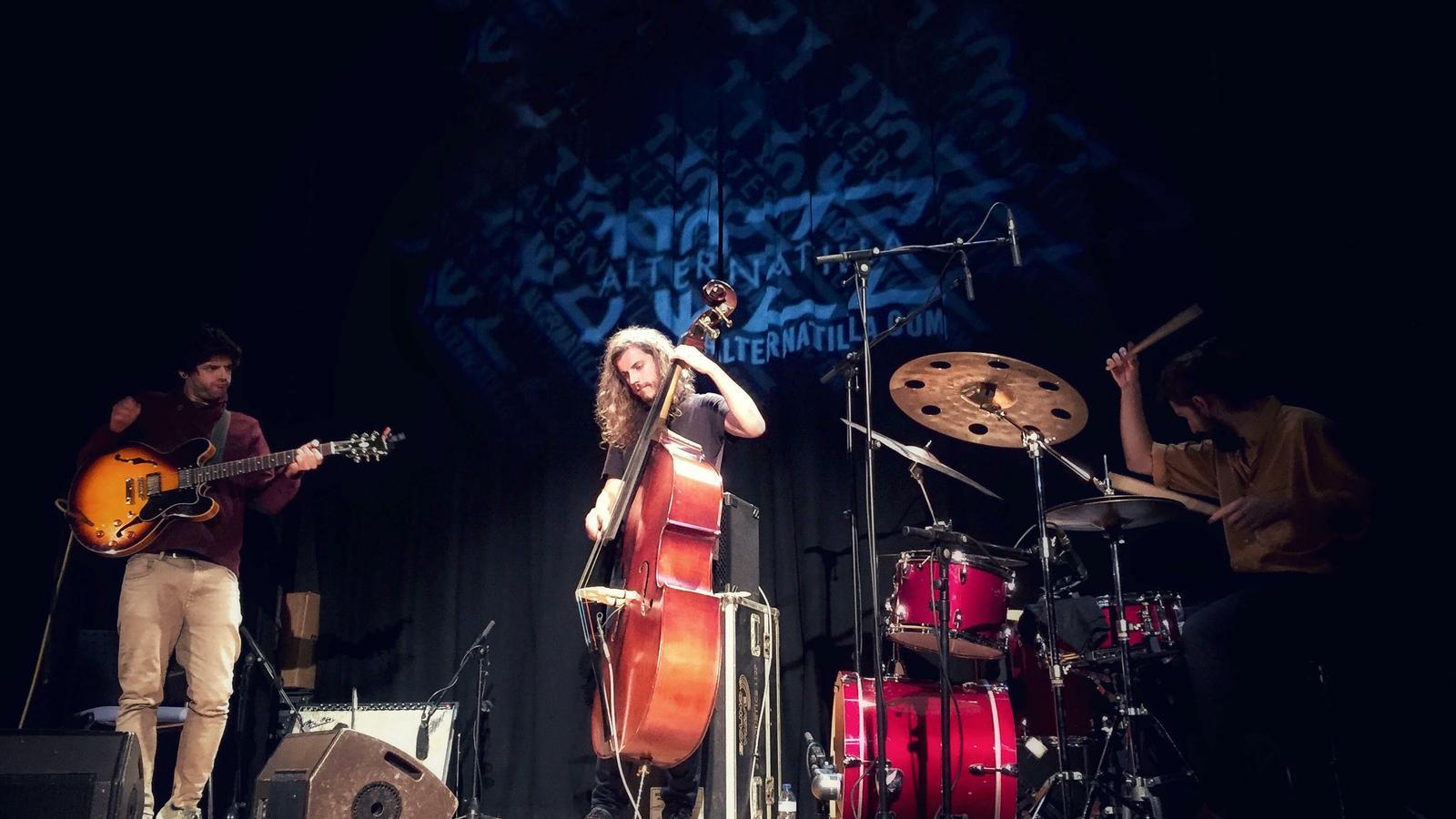 Irreverència sònica i audàcia experimental amb The Rite Of Trio: renou del bo