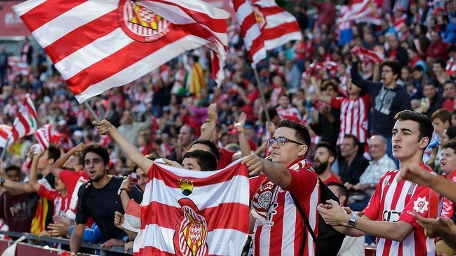 Els abonats del Girona volen veure el seu equip a Montilivi