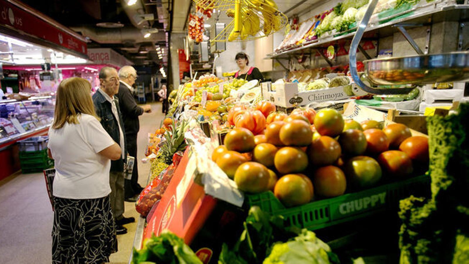 La fruita fresca dispara el seu preu un 12,4% l'últim any .