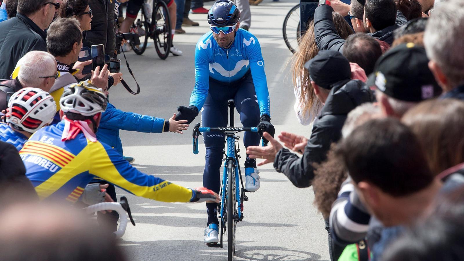 Alejandro Valverde, que ja somreia abans de la primera etapa, espera consolidar avui el seu triomf a la Volta.