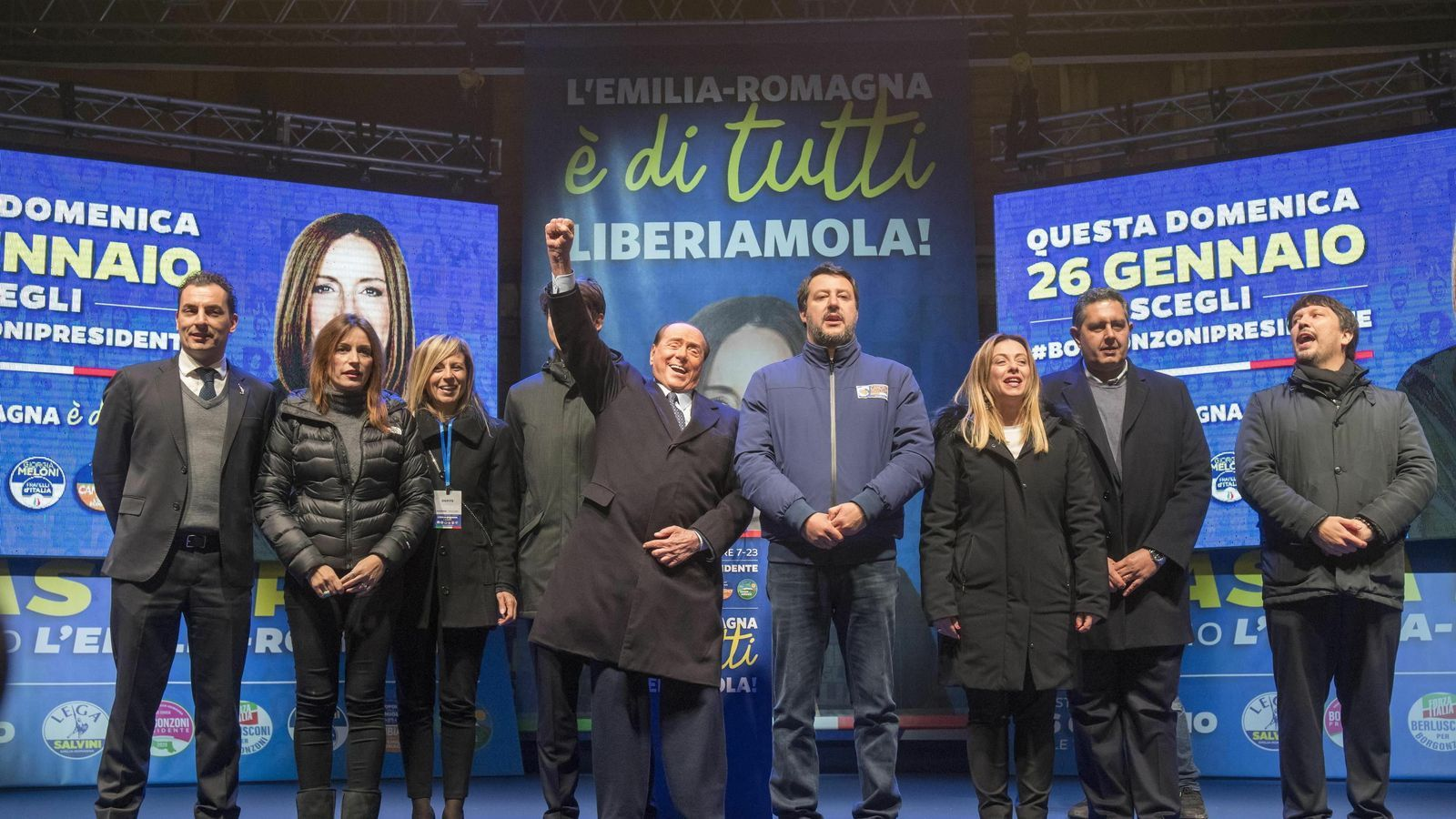 El líder de la Lliga, Matteo Salvini, i eld e Forza Italia, Silvio Berlusconni, en un acte del centre-dreta amb  motiu de les eleccions a Emilia-Romanya.