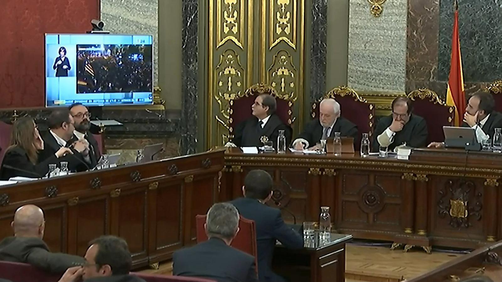 Crònica de Gerard Pruna des de dins de la sala: 'La Fiscalia no està fina'