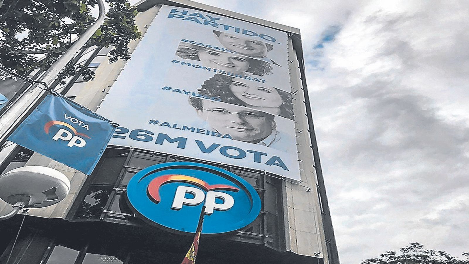 El viratge del PP l'aboca a contradiccions