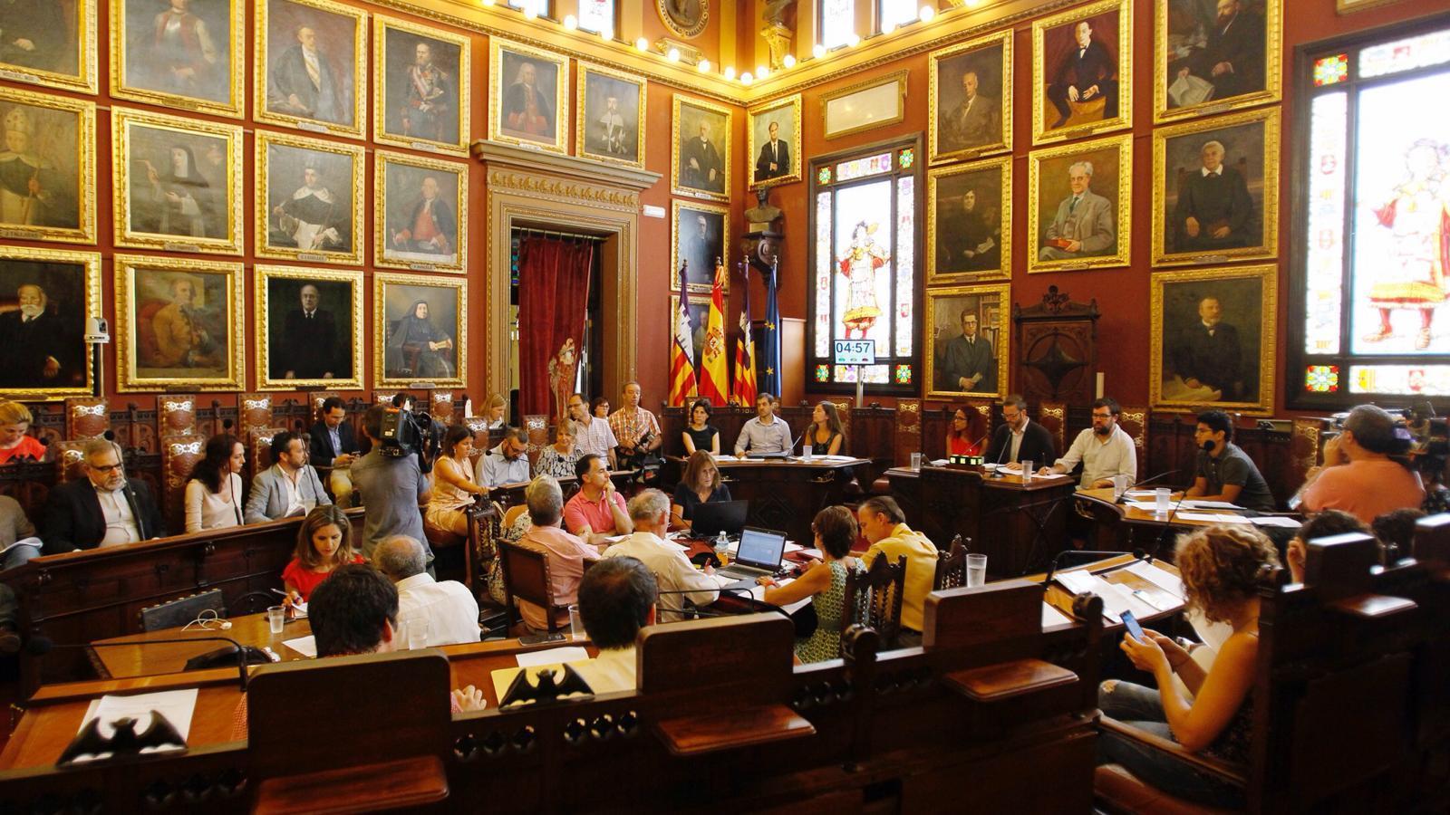 L'escó de Gijón al ple de Cort l'ha ocupat el regidor popular, Pep Ignasi Aguiló