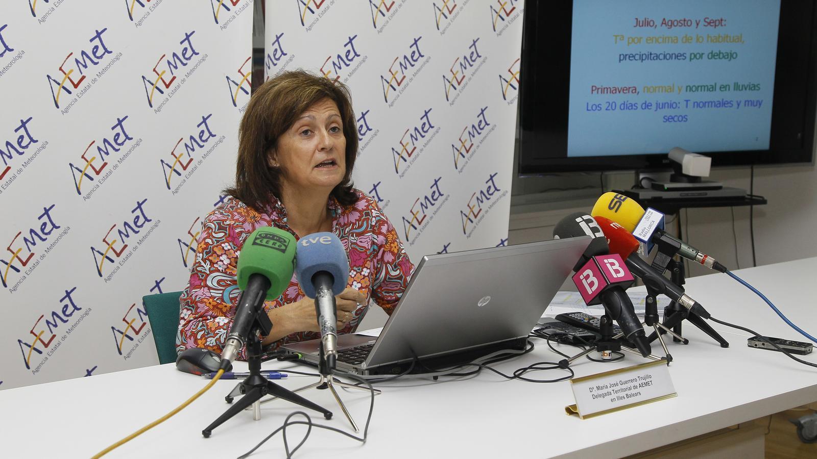 La delegada territorial de l'Aemet a les Balears, Maria José Guerrero, a la roda de premsa d'aquest dimecres.