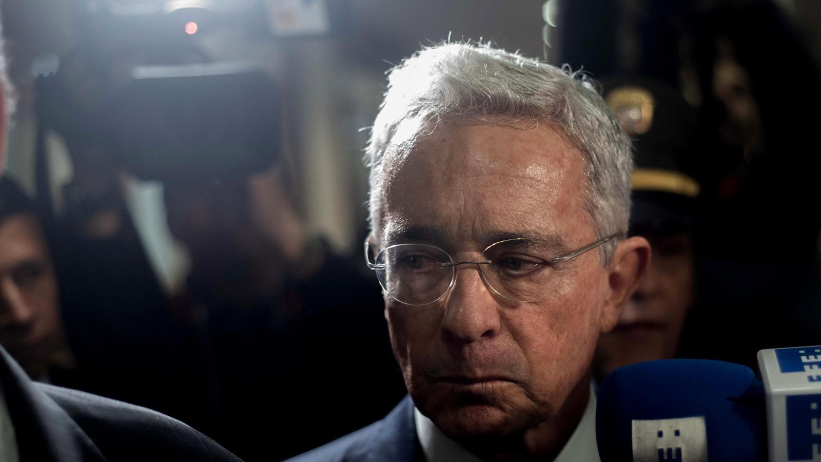 L'expresident colombià Álvaro Uribe arriba a la Cort Suprema el passat octubre