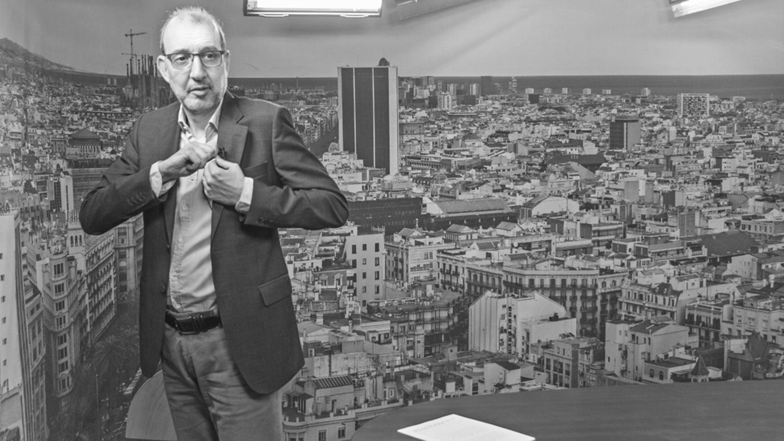 """L'editorial d'Antoni Bassas: """"Sempre hi ha hagut qui ha volgut que tinguéssim por del futur"""""""