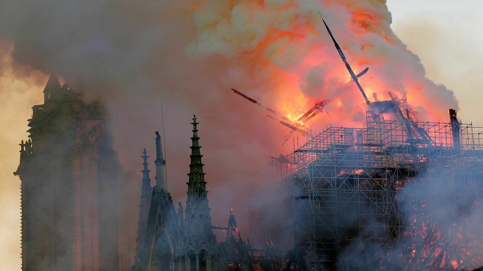 Les reaccions a l'incendi de la catedral de Notre-Dame