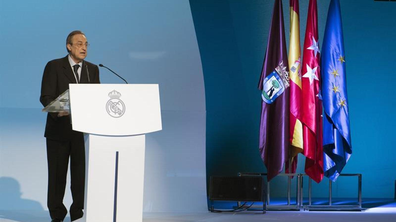 Florentino Pérez, durant l'assemblea de socis del Reial Madrid