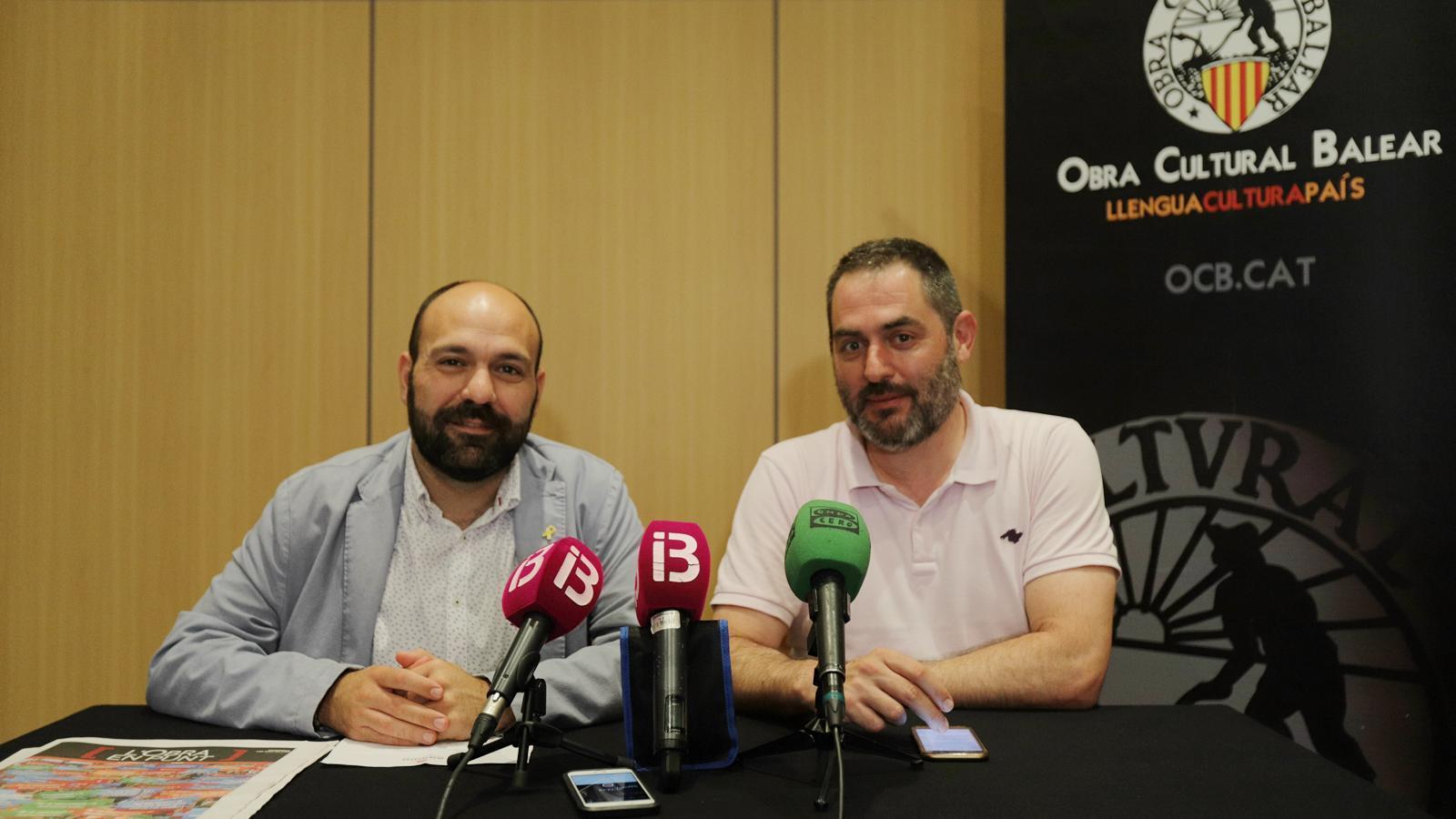 El portaveu d'Òmnium Cultural, Marcel Mauri, i el president de l'OCB, Josep de Luis