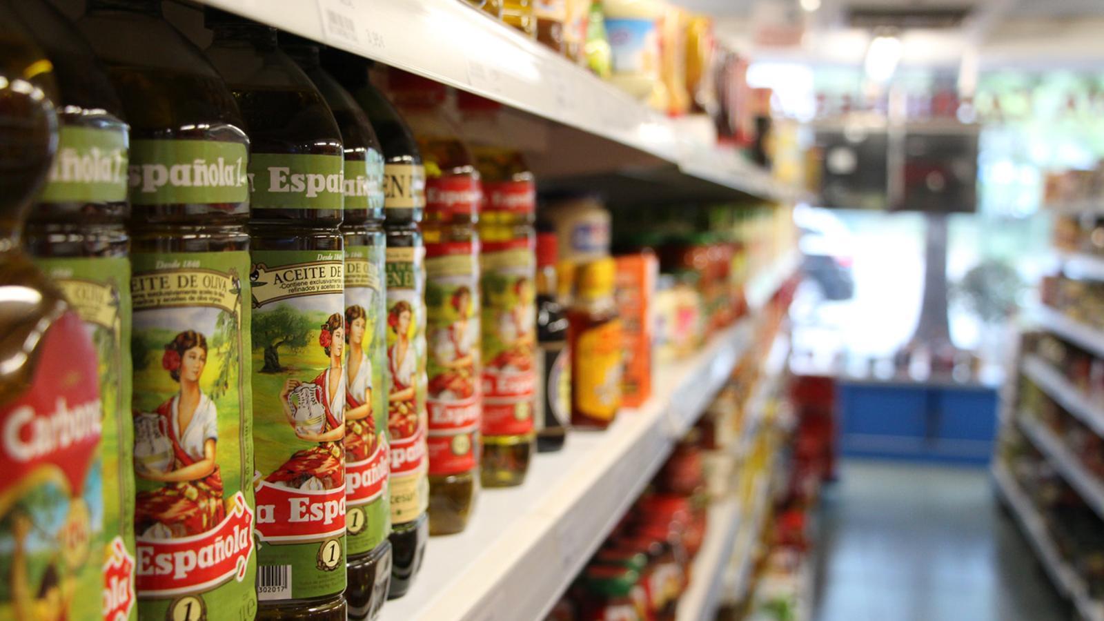 Productes exposats en un supermercat. / ARXIU