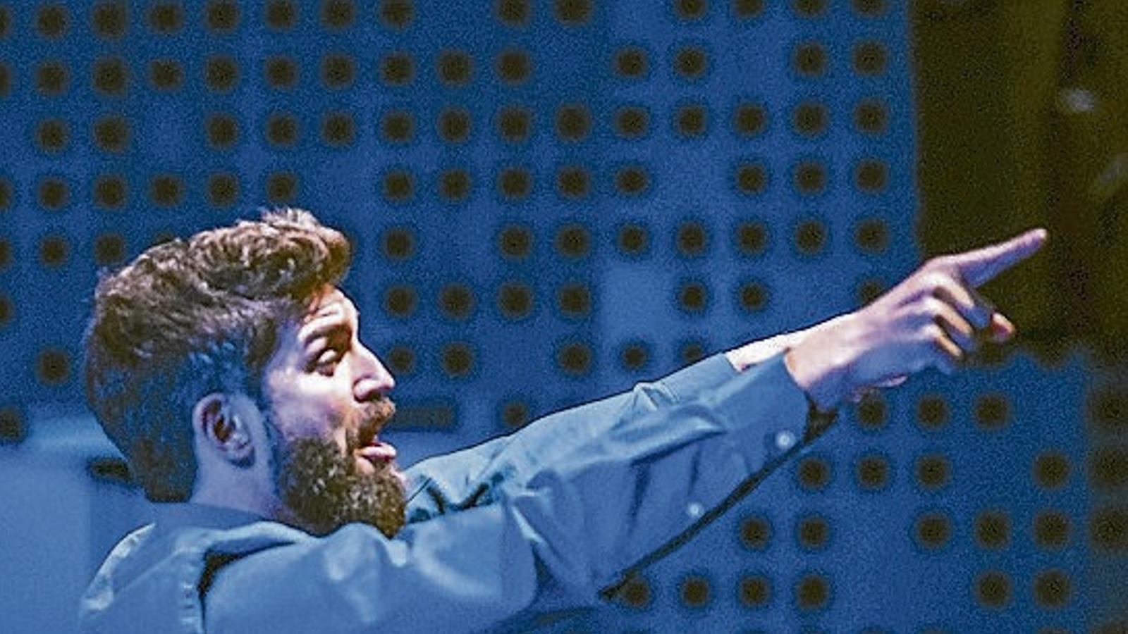 Una imatge de l'obra Turba, al Teatre Lliure.